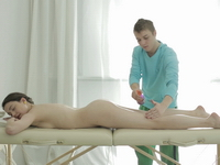 Alina : 18 year old Alina knows she wants to have her virgin sex with masseuse : sex scene #2