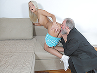Joleyna Burst : Experienced man gives a sex lesson to blonde. : sex scene #5
