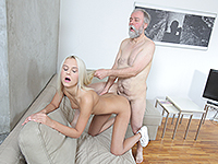 Joleyna Burst : Experienced man gives a sex lesson to blonde. : sex scene #9