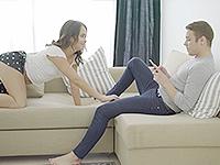 Jenny Fer : Cutie seduces dude with her round bottom. : sex scene #1