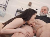 Caroline Mann : Cutie turns into a kitty to please an older man : sex scene #6