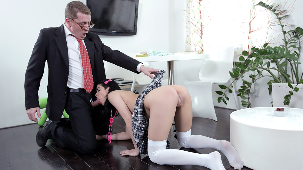 Tricky old teacher jody played with her pussy
