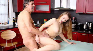 Teen babe gets fucked final