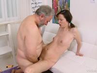 Girl loseling her virginity